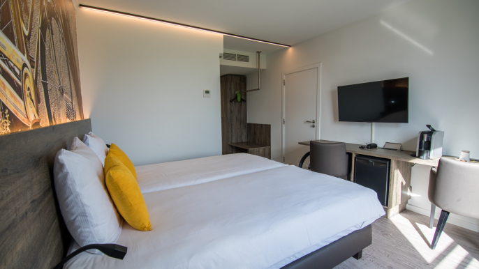 Comfort Twin/King Room for Velotel