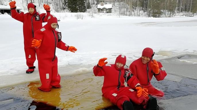 Arctic Floating for Varjola Resort & Activities